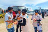 124 relawan prokes kota Jayapura gencarkan bagi masker cegah COVID-19
