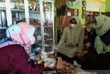Sosialisasi kepada para guru oleh Bank Kalsel Cabang Amuntai di SDN Hambuku Lima, Kec. Babirik.