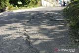 Jalan provinsi penghubung Tanah Datar-Limapuluh Kota diperlebar