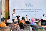 Presiden Joko Widodo minta BUMN bermitra dengan perusahaan global