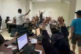 Bupati Sleman meminta masyarakat waspada penawaran pinjol Ilegal