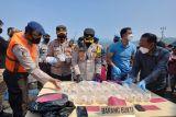 Polres Sukabumi gagalkan penyelundupan ribuan benur lobster ke luar negeri