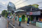 Gubernur Sulsel pastikan bantuan logistik untuk korban puting beliung di Pinrang