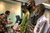 Baznas Yogyakarta menyalurkan bantuan untuk anak yatim karena COVID-19