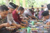 Tradisi Aruh Mulud Suku Banjar di Sergai peringati  Maulid Nabi