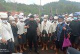 Menteri BUMN membantu renovasi rumah masyarakat Badui korban kebakaran