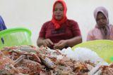 Peran wanita pengupas rajungan di Lampung jadi agen konservasi