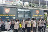 Polisi tutup Jalan Merdeka Barat untuk  cegah massa BEM ke Istana