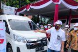 BEI membantu lima mobil vaksinasi ke Kota Yogyakarta