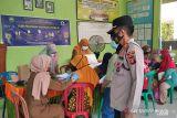 Serbuan vaksinasi Polres OKU menyasar masyarakat pelosok desa