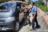 Pelaku perjalanan di Kabupaten Minahasa Tenggara wajib menunjukan kartu vaksin