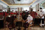 Pemkot Denpasar lepas atlet ikuti Peparnas XVI Papua