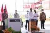 Presiden Jokowi meresmikan pabrik biodiesel PT Jhonlin Agro Raya