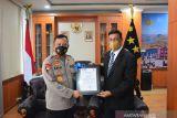 Berikan kontribusi luar biasa, Kepala Polda NTT terima penghargaan dari Perdana Menteri Timor Timur