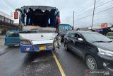 Kabur, polisi minta sopir bus Putra Inhil penyebab tabrakan beruntun untuk serahkan diri