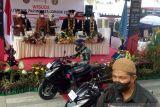 Poltekpar Lombok menggelar wisuda ala pebalap MotoGP