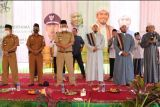 Wakil Bupati Pringsewu hadiri peletakan batu pertama pembangunan Pesantren Mulazamah