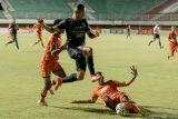 Arema FC cukur Persiraja