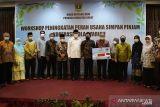 11 Koperasi Padang Panjang terima bantuan hibah provinsi