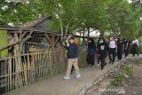 Wapres Ma'ruf Amin berolahraga pagi dan sapa masyarakat Tanara Serang