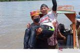 Ibrahim Rusli Turut Ramaikan HUT ke 9 Kaltara dengan Berenang 3,8 Kilometer