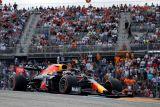 Verstappen tekuk Hamilton demi pole GP AS