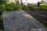 Aksi Bersih-bersih Situs Sejarah di Palu