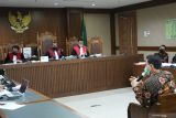 Azis Syamsuddin bantah kenalkan eks penyidik KPK ke Wali Kota Tanjungbalai
