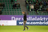 Pelatih Mark van Bommel didongkel