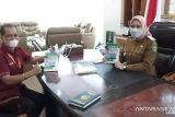 Pewarta ANTARA Riau produksi buku Bupati Inhu sambut 100 hari kerja
