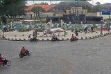 Pemkot Yogyakarta bongkar pembatas Titik Nol Kilometer