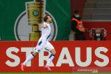 Leverkusen disingkirkan tim strata kedua Karlsruher