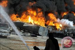 Ledakan truk tangki di China menewaskan 10 orang, lukai ratusan lainnya