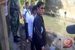 Wali kota Manado Sisir Sungai Sario