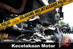Dua motor tanpa plat tabrakan di Simalungun, satu tewas