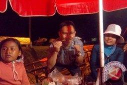 Menikmati Jangkrik Goreng di Kamboja