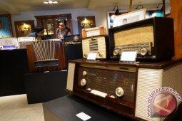 Inilah sejarah di balik Hari Radio Nasional 11 September