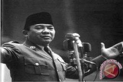 Jangan pernah lupakan Soekarno dan Soeharto