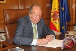 Juan Carlos meninggalkan Spanyol saat terjerat dugaan korupsi