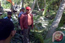 Bupati Bireuen Pantau Normalisasi Saluran di Kecamatan Jeumpa
