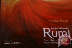 Poems of Rumi, Gu Cheng are still touching hearts, lives