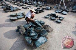 Di Myanmar, 50  tewas akibat tanah longsor di tambang batu giok