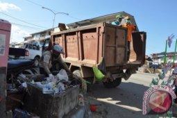 Pengangkut Sampah di Melawi Mulai Beroperasi Kembali