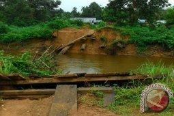 Pemkab Melawi Akan Bangun Kembali Jembatan Balai Agas
