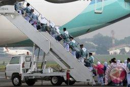 Dampak pembatalan haji,  Garuda kehilangan 10 persen pendapatan