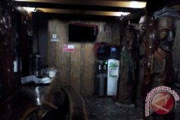 Galeri Ulos Sianipar Sediakan Kafe Gratis