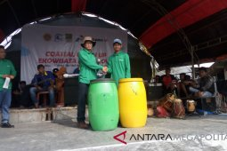 Pertamina Tambun angkut 8 ton sampah Muaragembong