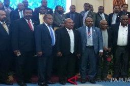 Gubernur Papua minta personel TNI-Polri ditarik dari Nduga