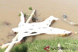 BKSDA temukan mayat dalam kondisi terikat mengapung di sungai