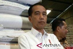 Presiden tegaskan beras impor belum masuk